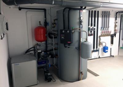 Acumulador de água Tisun e bomba de calor de alta temperatura Daikin
