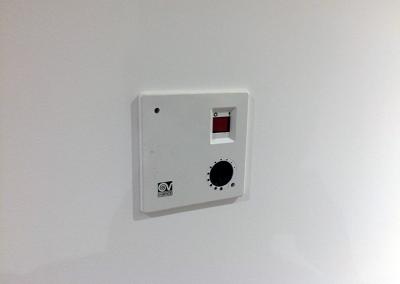 Controlador do sistema de extração de ar da zona da cave